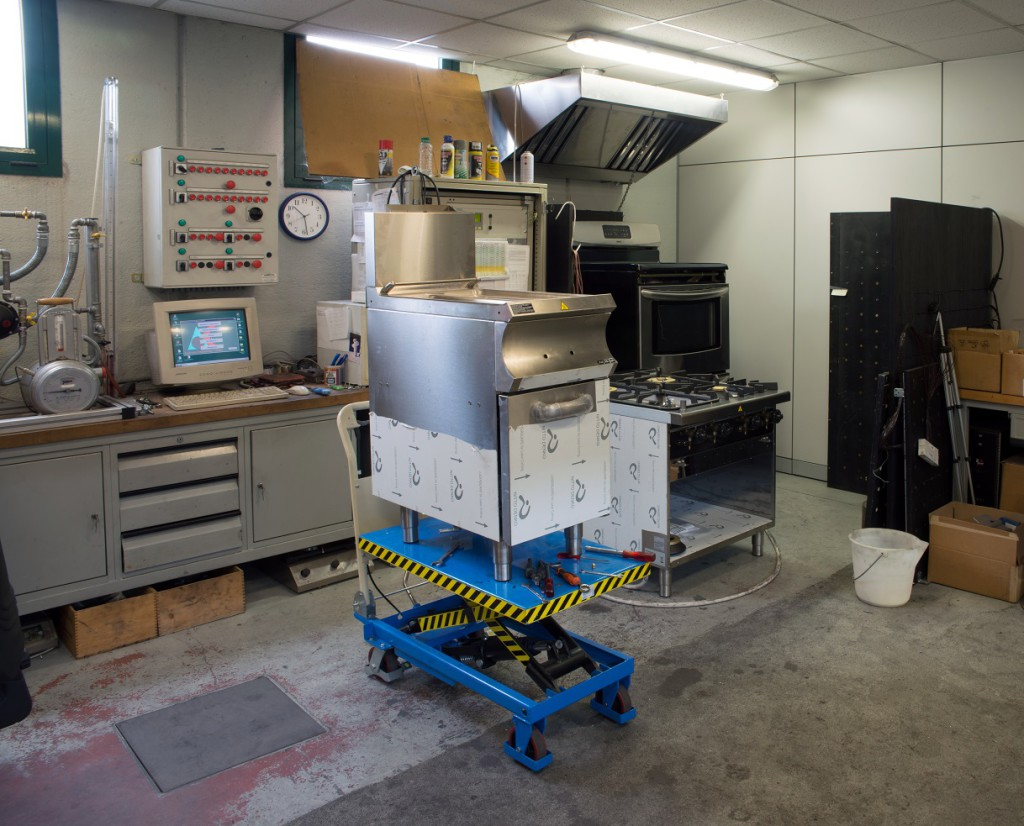 Actek laboratory, equipped according to EN30, EN203 and EN60335 regulations, can test and approve customers' products.