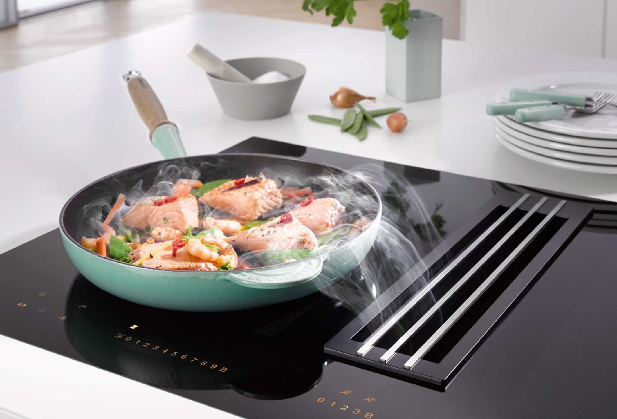 Miele twoinone induction technology and clean air ha - Plaque induction 4 feux ...